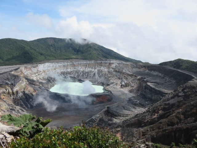 The crater of Volcan Poas