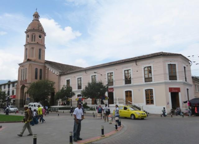 Plaza Bolivar in Otavalo