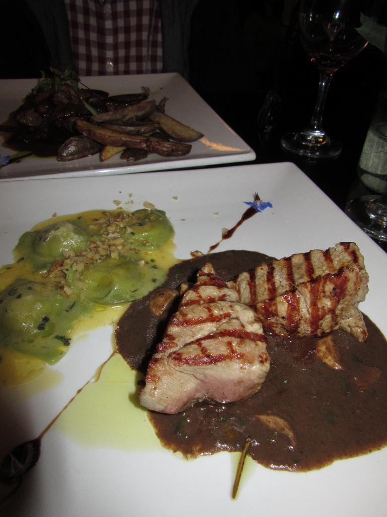 I had a delicious grilled alpaca meal at Incontri del Pueblo Viejo restaurant.
