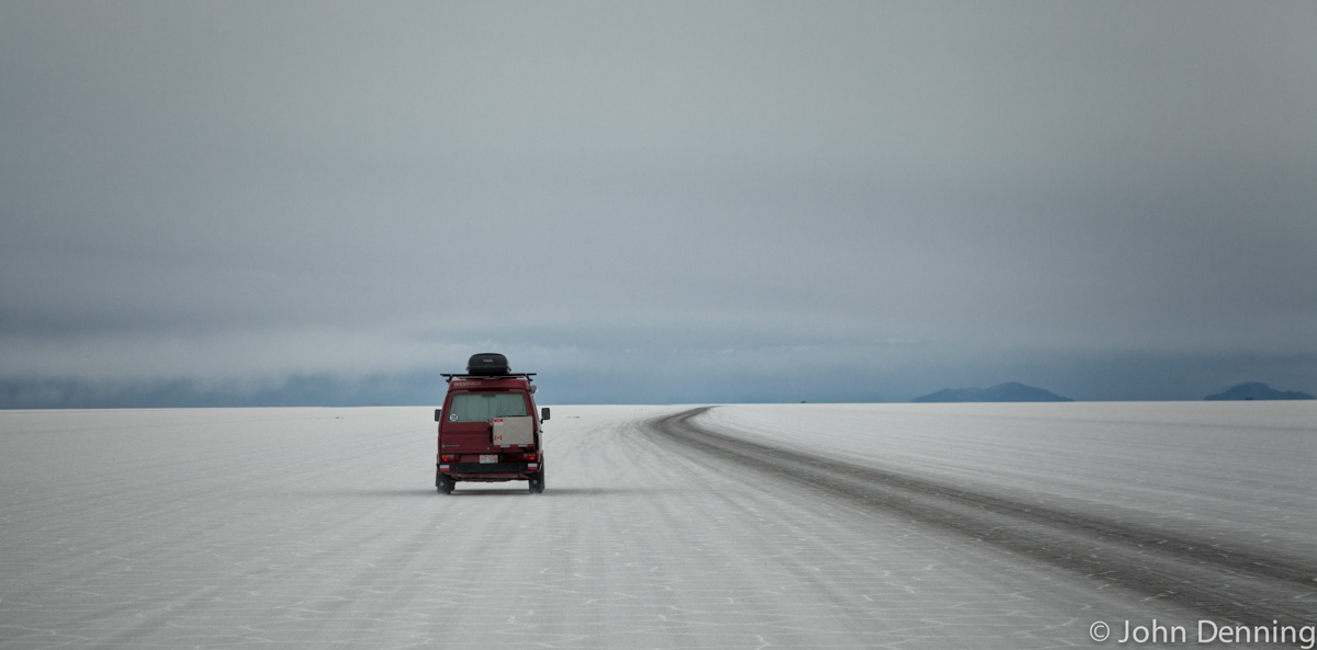 Middle Of Nowhere Uyuni Salt Flats Live Travel Play