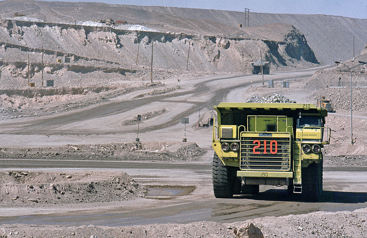 Chuquicamata Copper Mine, Chile (photo from Wikimedia Commons)